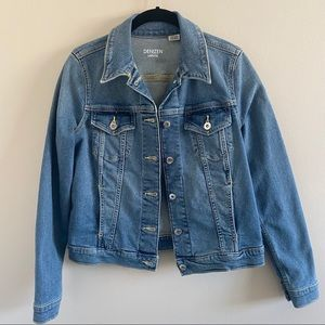Levi's Women's Original Trucker Jacket Denim Blue